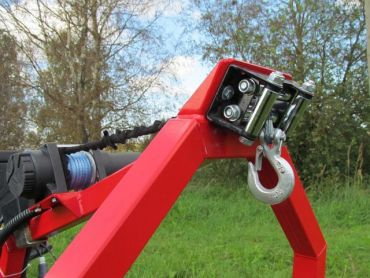 Elektisk vinch utrustning för ATV timmerstocks dumper